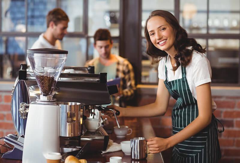 Quản lý nhân sự tại quán cà phê để có đánh giá thưởng, phạt công minh